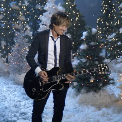 Keith_Urban_Ill_Be_Your_Santa_Tonight.jpg