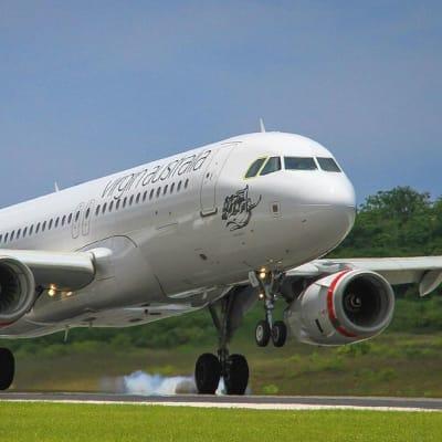 Virgin_Australia_Airbus_A320_at_XCH.jpg