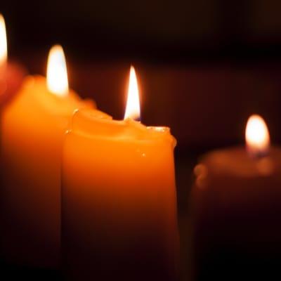 blackout-candles-dark-86110.jpg
