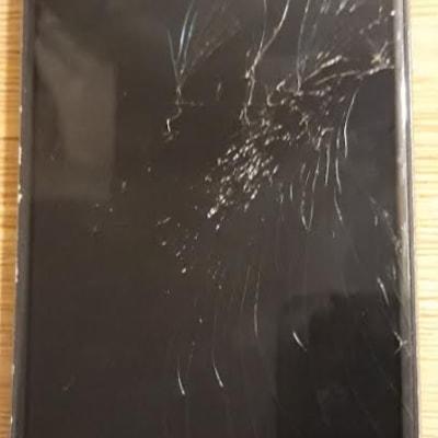 Phone Smashed.PNG