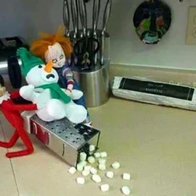 Naughty Elf 5.jpg