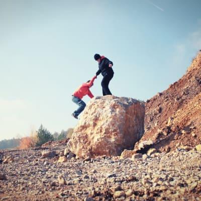help_with_climbing-1024x683.jpg