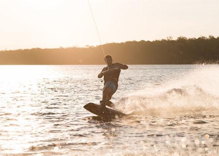 Wakeboarding_in_Cairns.jpg