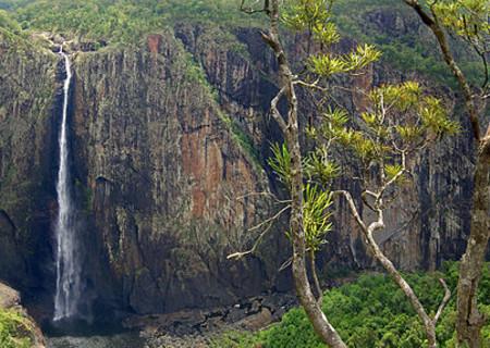 Wallaman-Falls-image-1.jpg