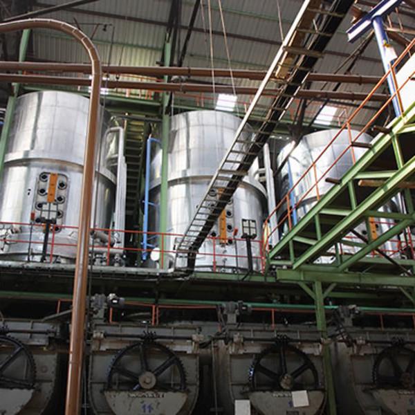 Sugar_Mill_interior_industry_tour.jpg