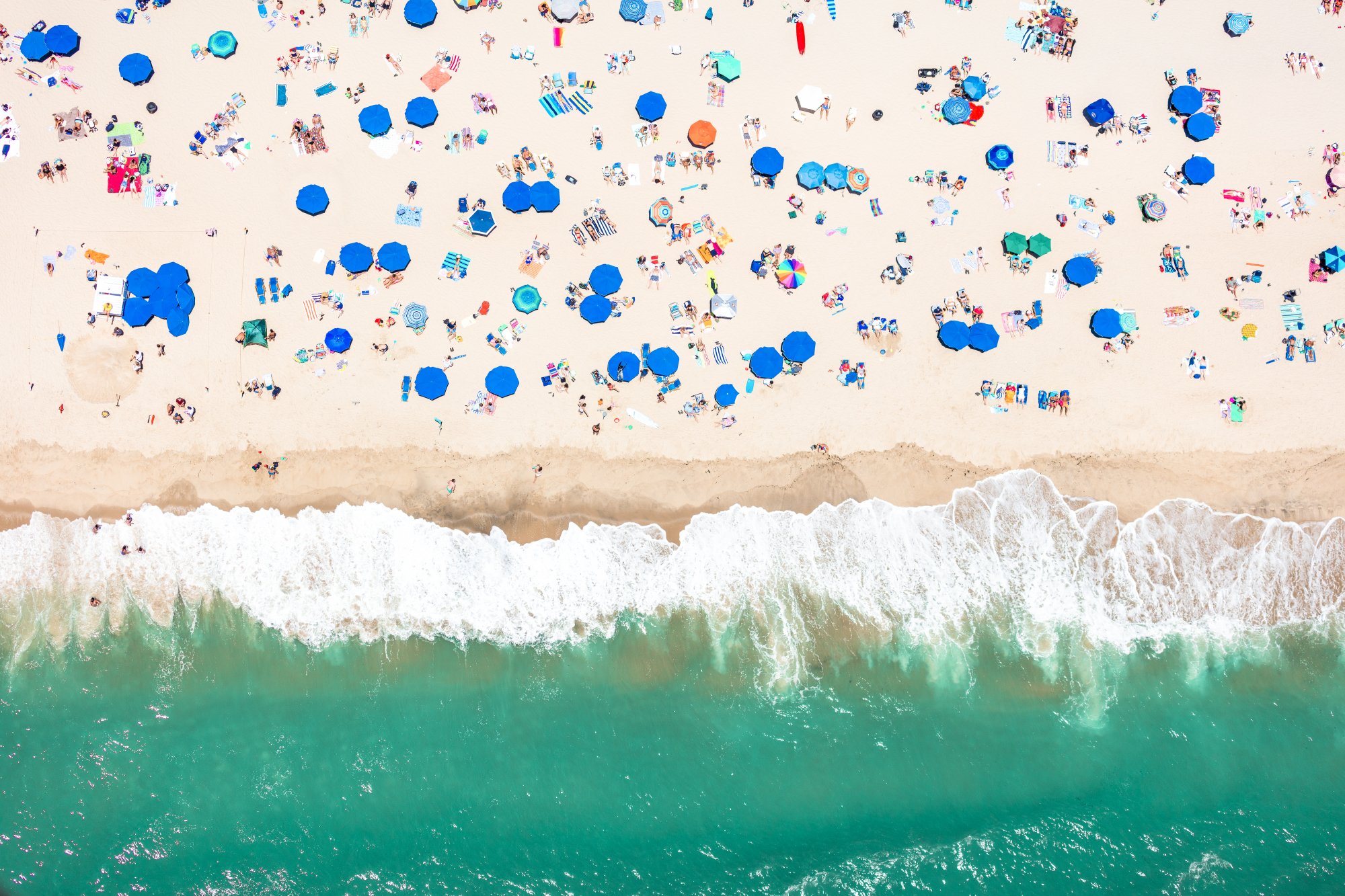 1667c649a2 Brand New Aerial Beach Photography from the Hamptons | Gray Malin