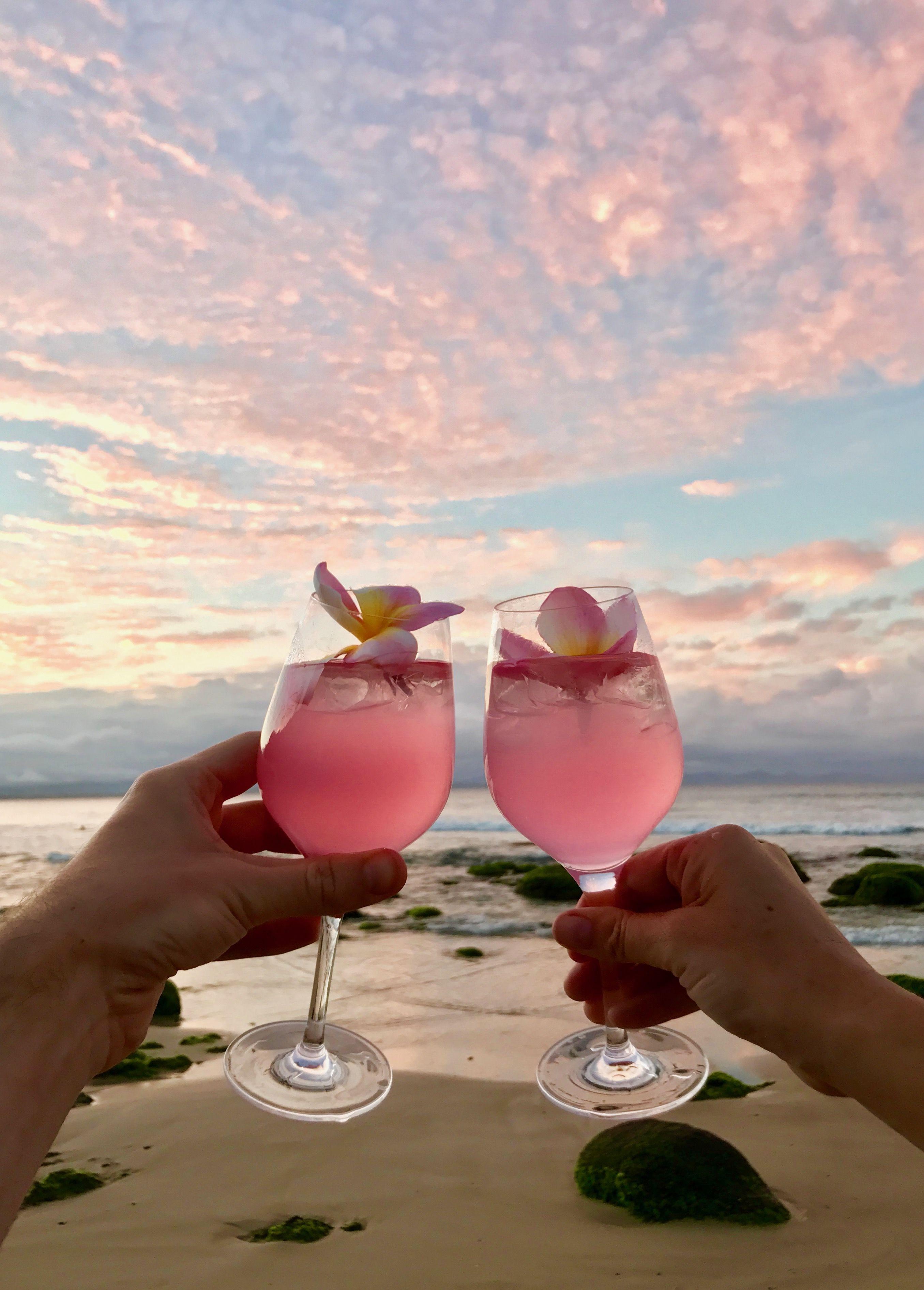 Best Beaches of Australia | Wategos Beach Sunset