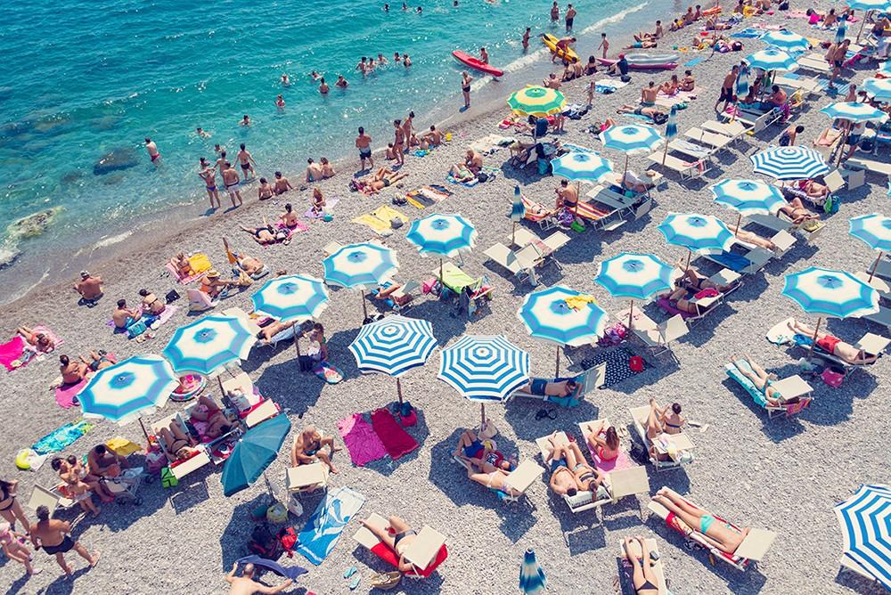 amalfi-sunbathers_1