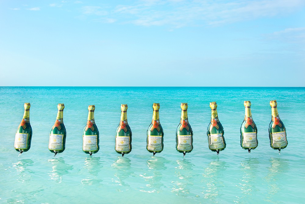 Pop the Bubbly! It's Gray's Summer Playlist