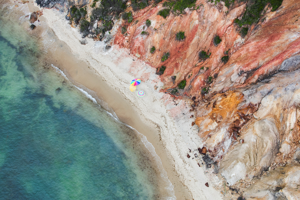 Aquinnah-Umbrellas,-Martha's-Vineyard - Gray Malin's Martha's Vineyard Beach Aerial