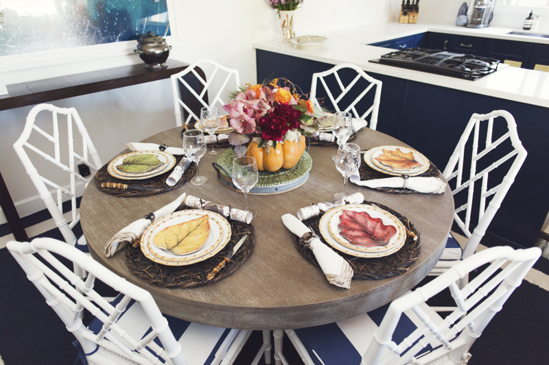 Gray's Thanksgiving Table Setting Tips - It'll be your Chicest Table, yet!