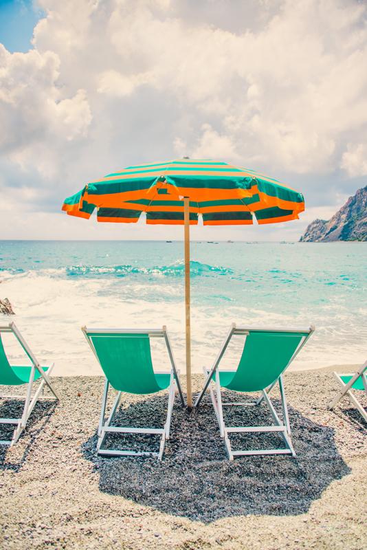 The-Umbrella,-Cinque-Terre