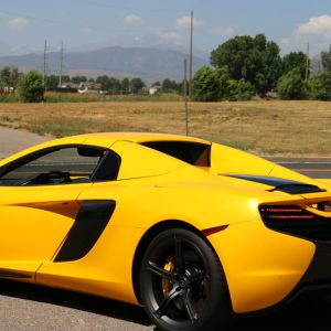 McLaren 650S Yellow 2014