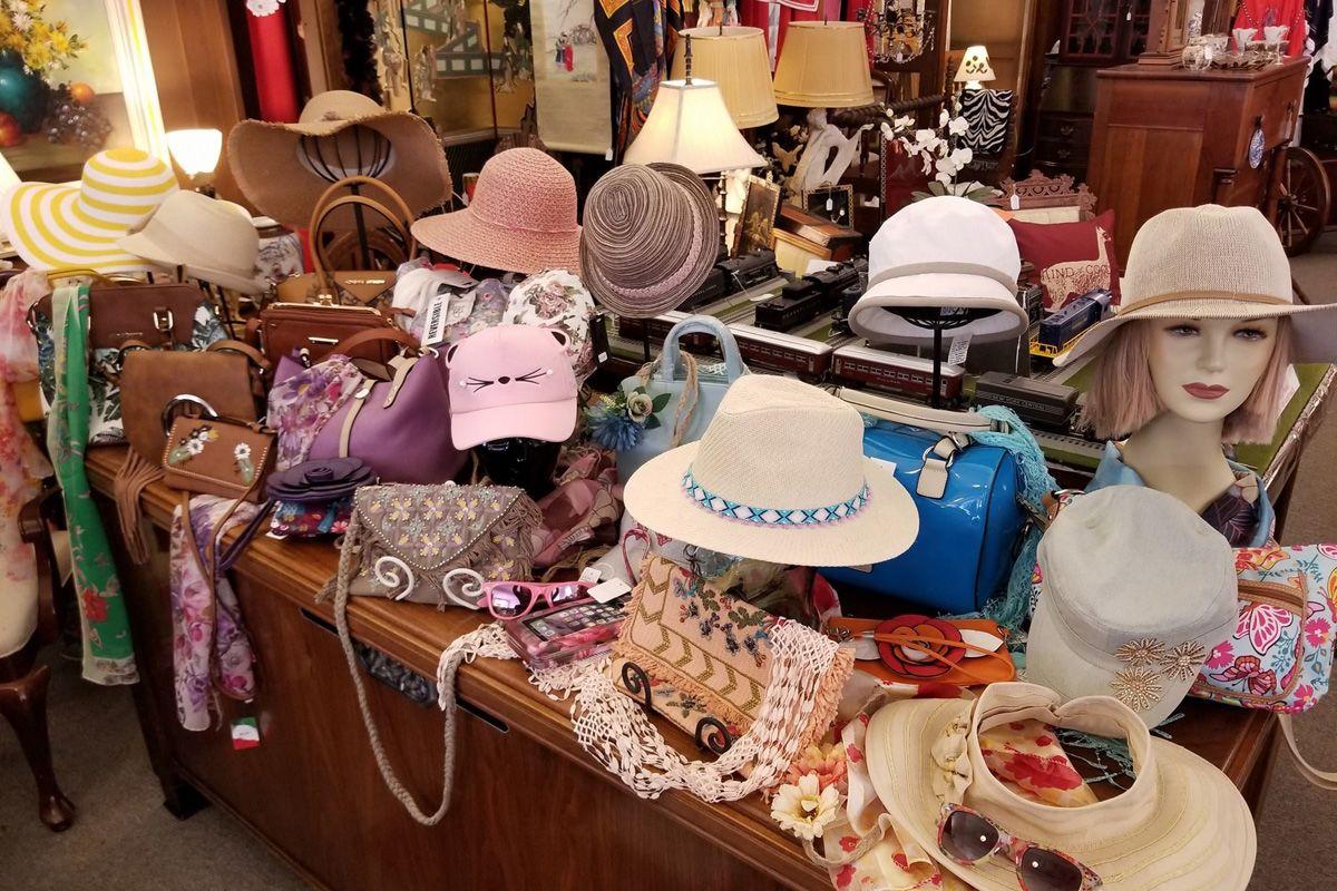 Alderson's Store hats 1200x800