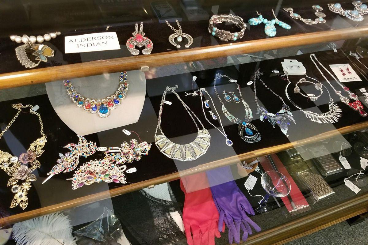 Alderson's Store jewelry 1200x800