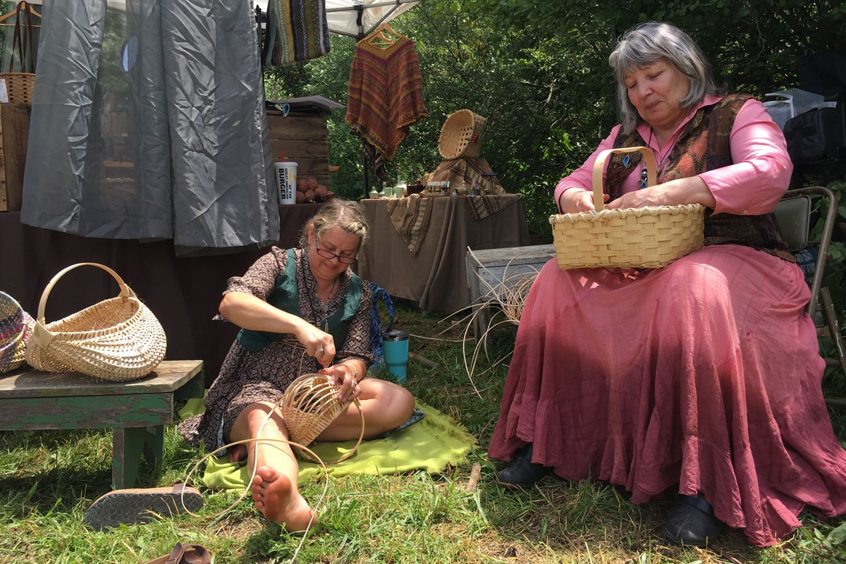 image renaissance fair basket weavers
