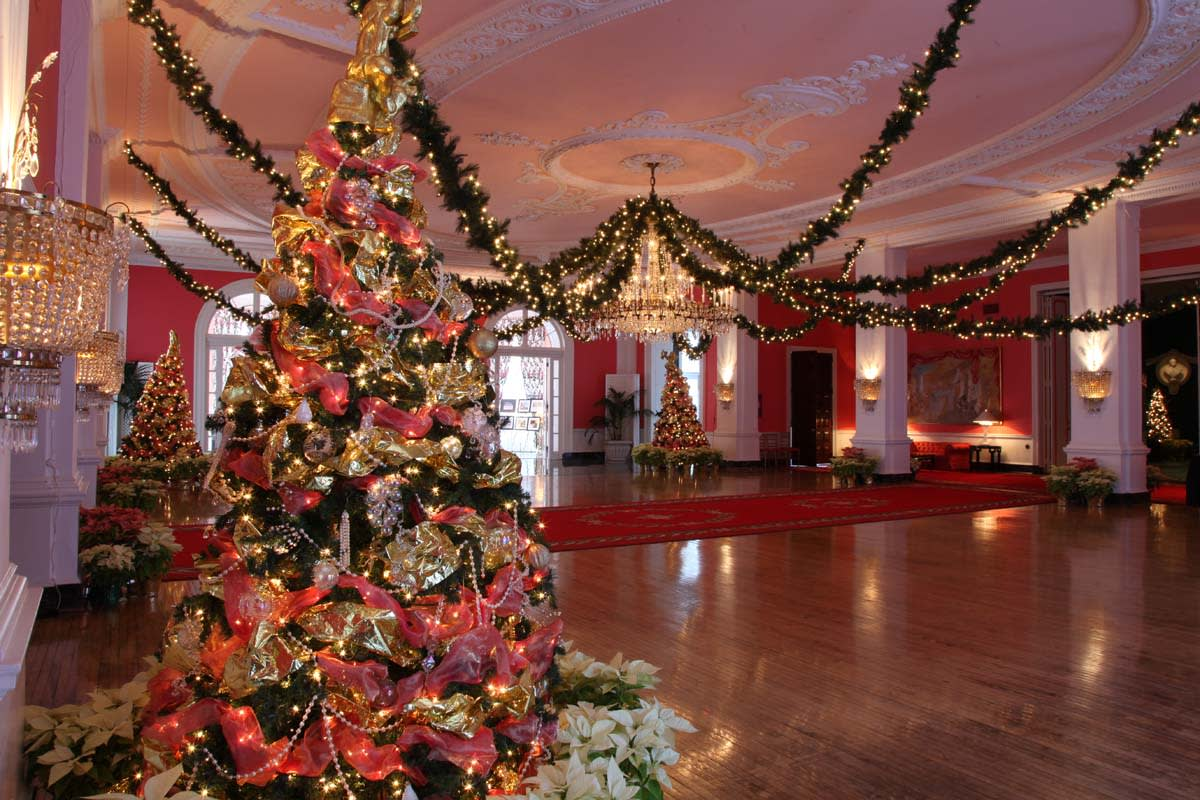 image the greenbrier cameo ballroom at christmas