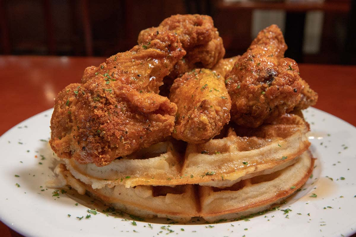 image 50 east chicken and waffles 1200x800