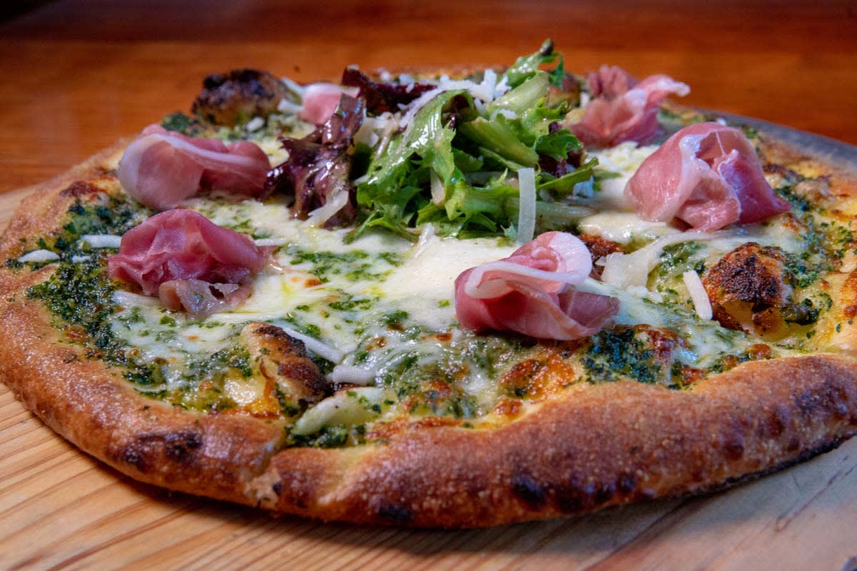 image hill and holler ham pizza 1200x800