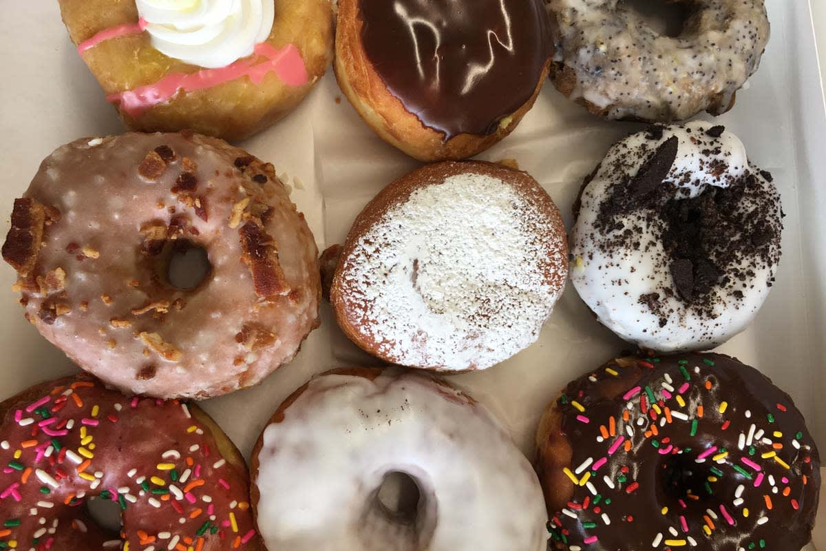 image retro donuts sampling 1200x800