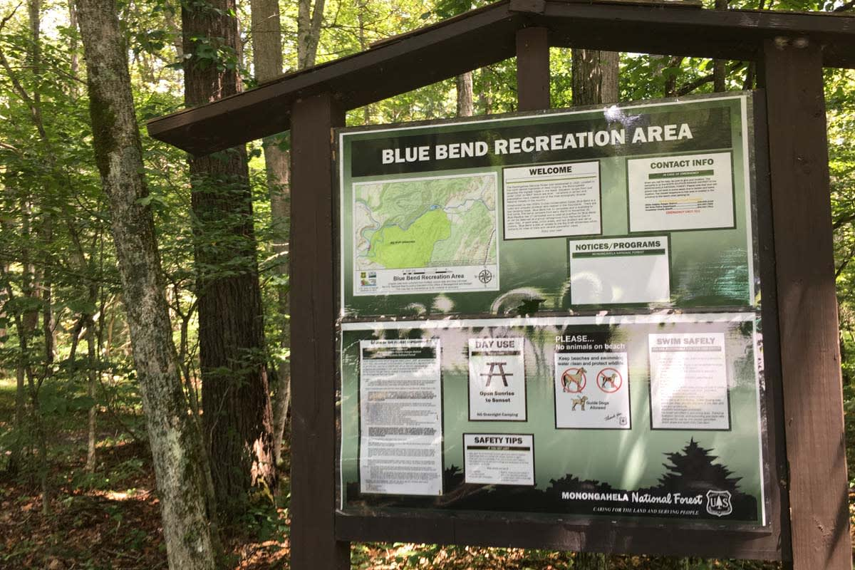 image blue bend info board 1200x800