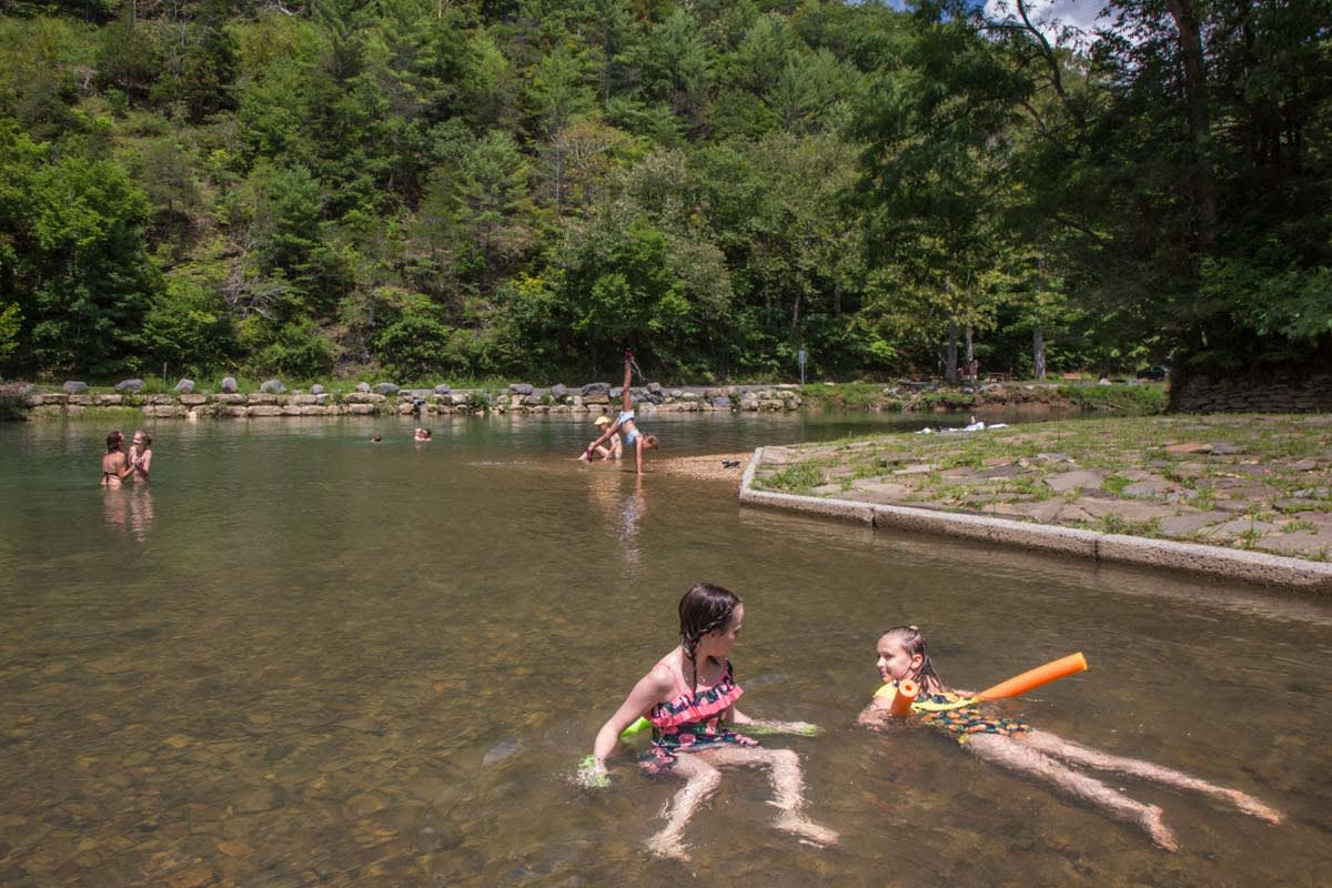 image blue bend swimming hole girls 1200x800