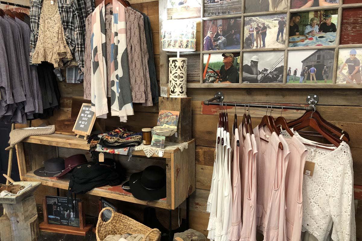 image barnwood builders womens clothing 1200x800