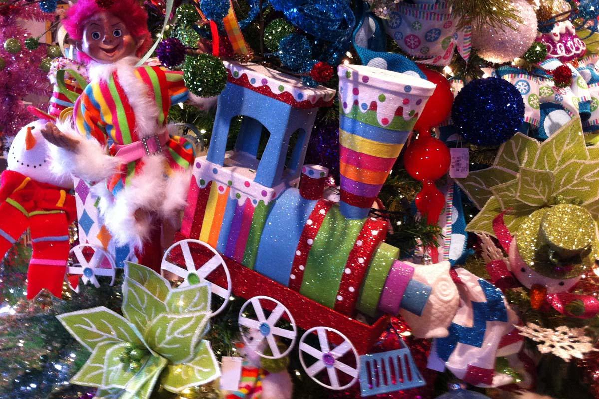image christmas depot ornaments train 1200x800