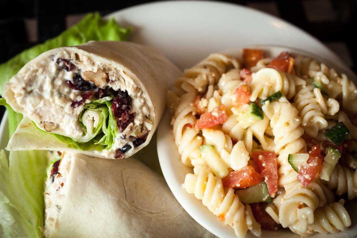 image edgarton cafe chicken wrap 1200x800