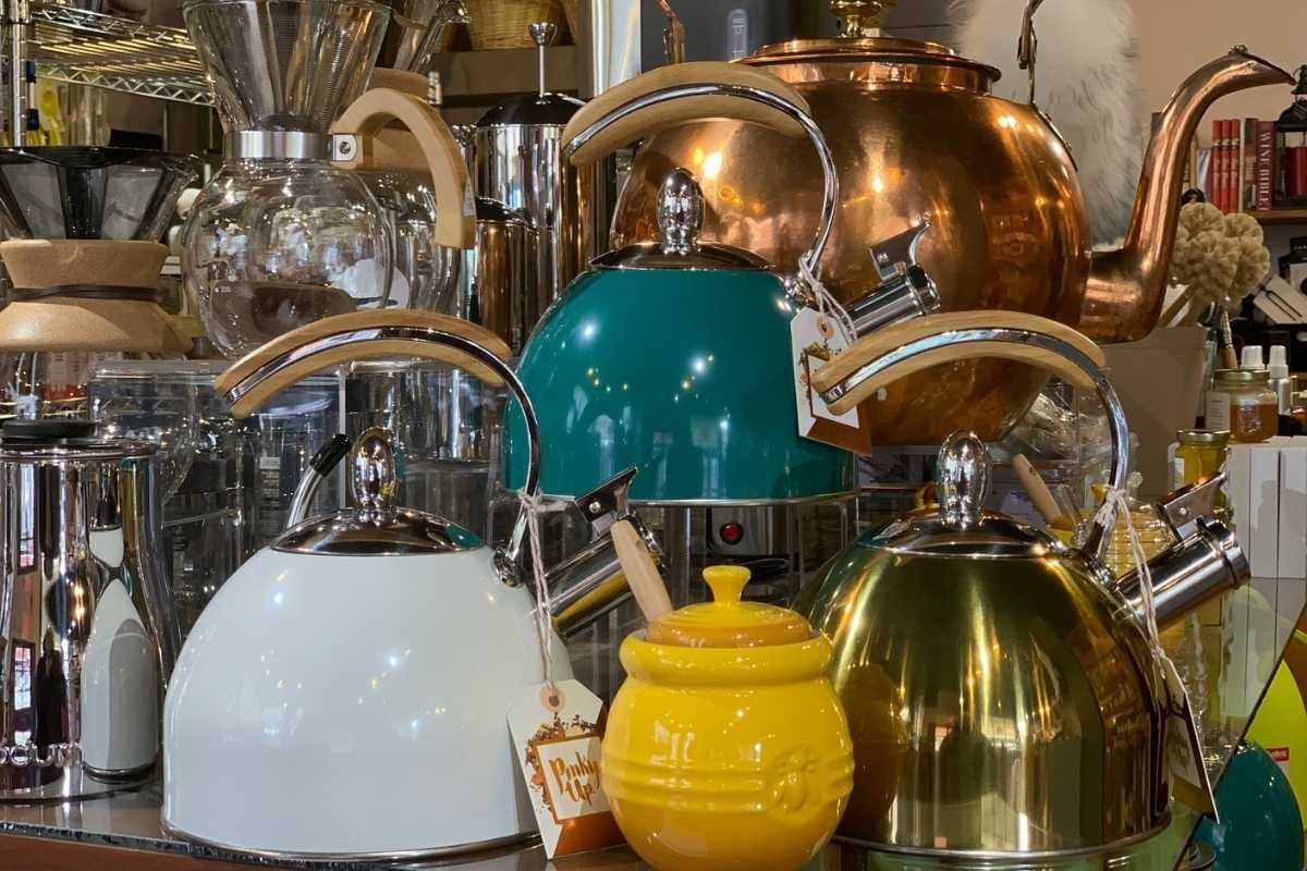 image bella the corner gourmet tea pots 1200x800