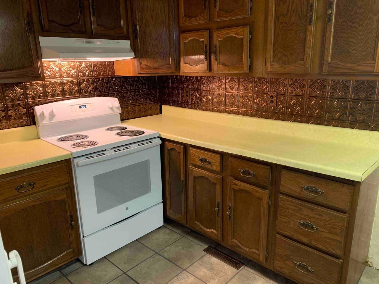 image river trail retreat kitchen 1200x800