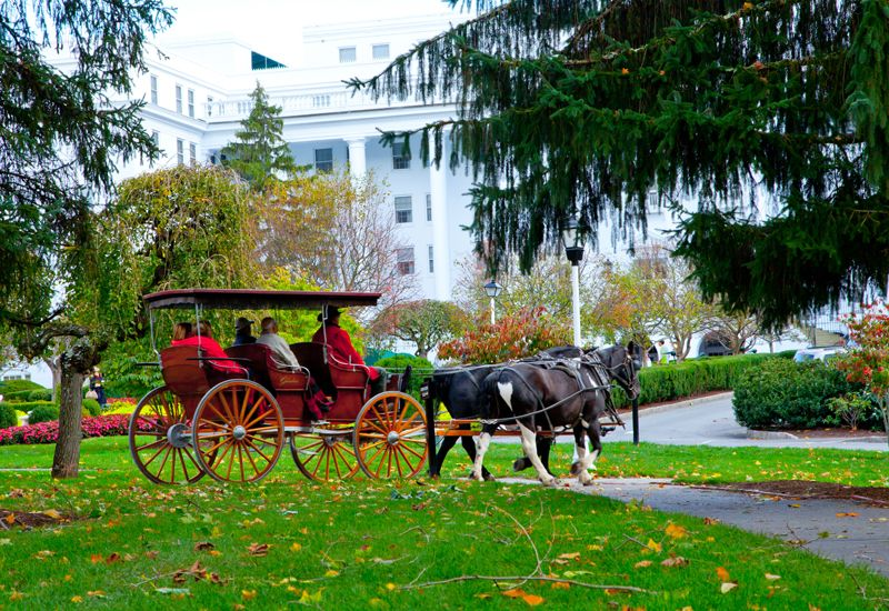 carriage rides at the greenbrier resort