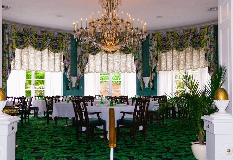 a formal dining experience at the greenbrier resort