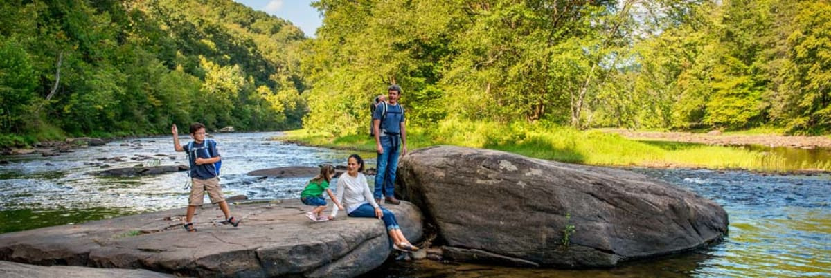 image greenbrier river trail family 1000x335