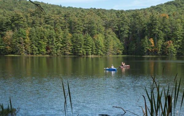 image lake sherwood canoe 570x360