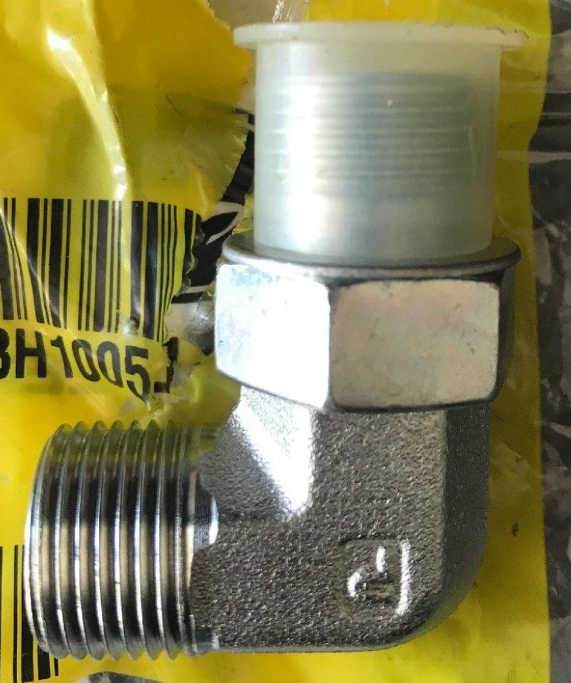 John Deere Elbow Fitting 38H1005