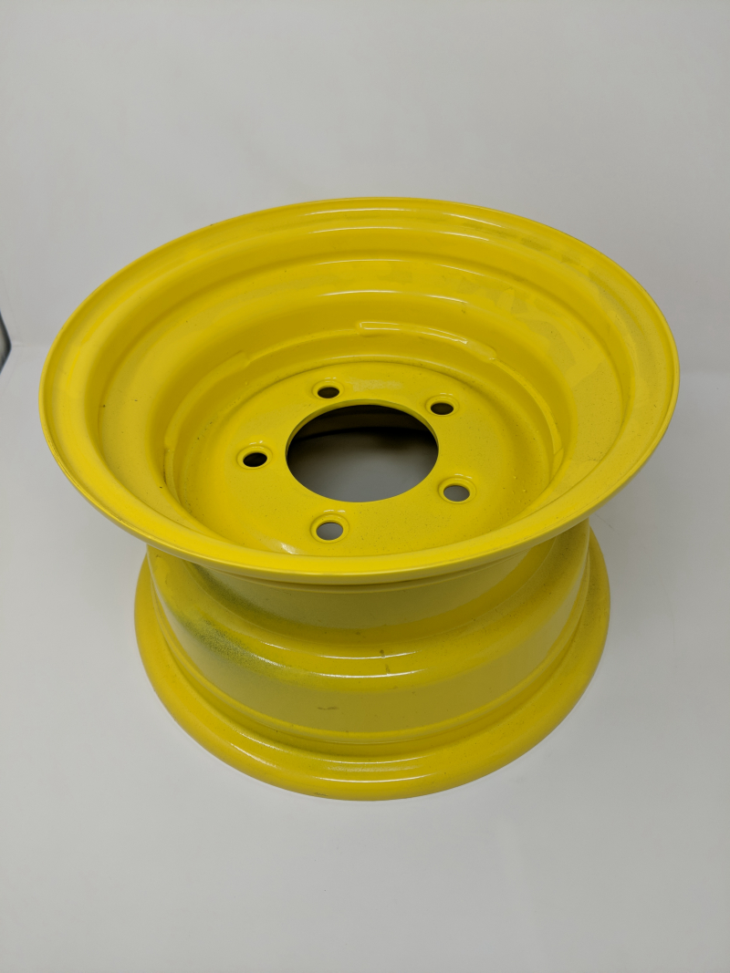 John Deere Rim And Wheel Center LVA20123