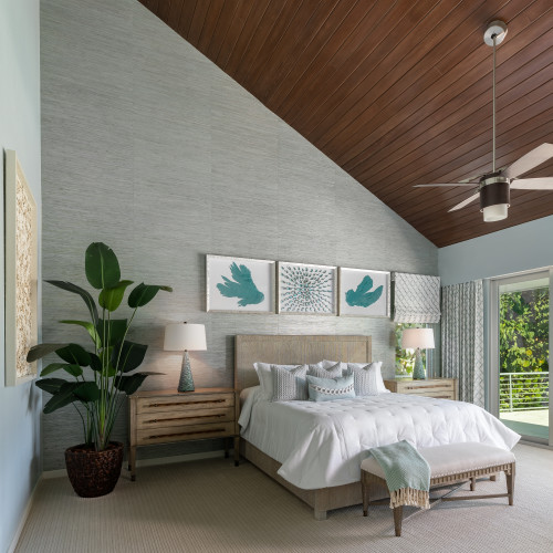 by Distinctive Interiors of Sarasota Inc. in Sarasota, FL
