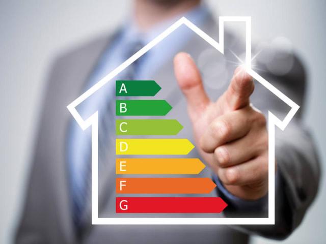 casa che risparmia energia - efficienza energetica - risparmio energetico