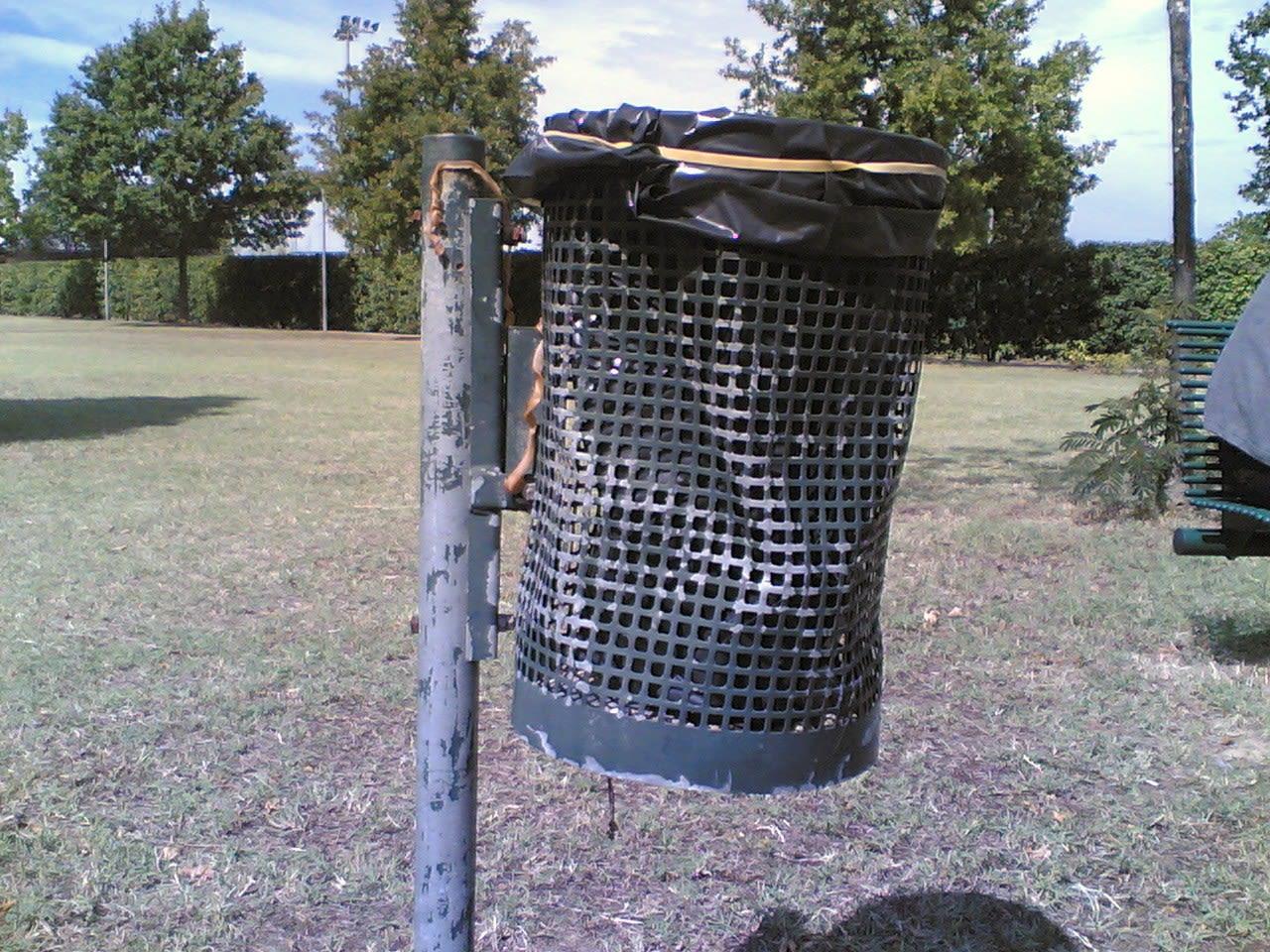 cestino dei rifiuti sensibilizzazione ambientale