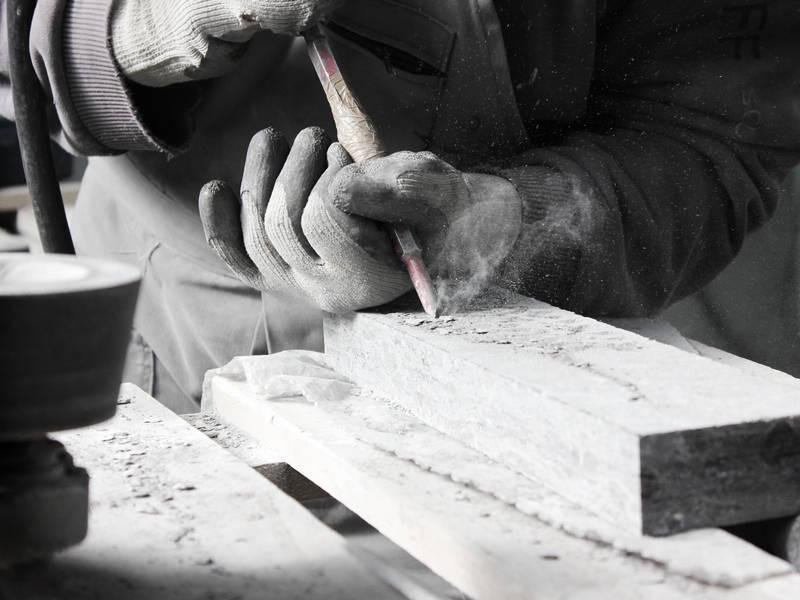 lavoro artigianale - pietre trovanti
