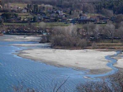 laghi lombardi hanno sete