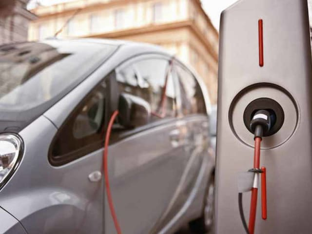 ricarica rapida veicoli elettrici