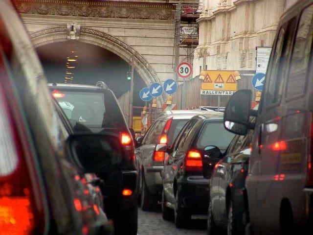 mobilità urbana insostenibile