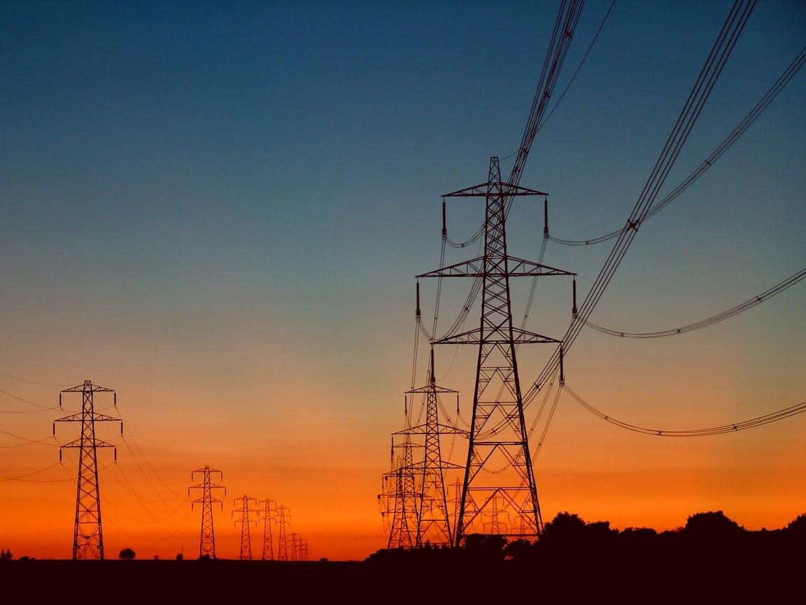 Domanda di energia elettrica in calo a luglio
