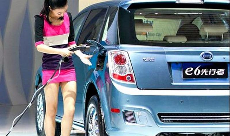 Cina: l'esenzione fa esplodere il mercato delle auto elettriche