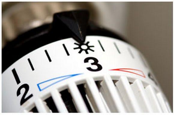 Riscaldamenti accesi in tutta Italia: ecco come risparmiare