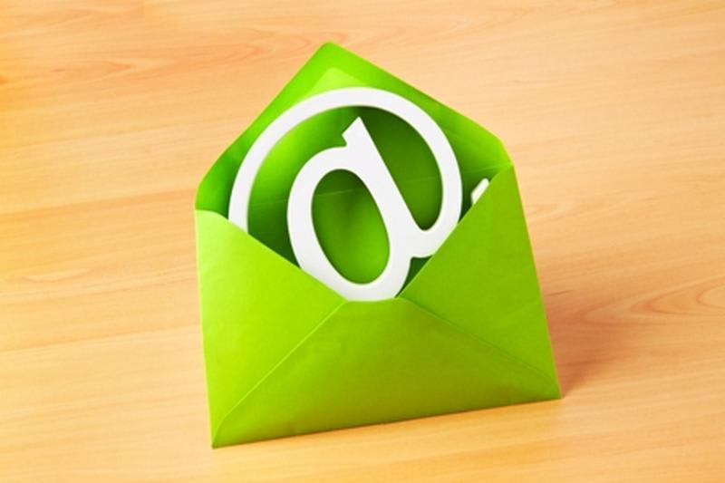 Anche l'e-mail inquina: 8 mosse per rispettare l'ambiente
