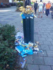 rifiuti alla Amsterdam Marathon