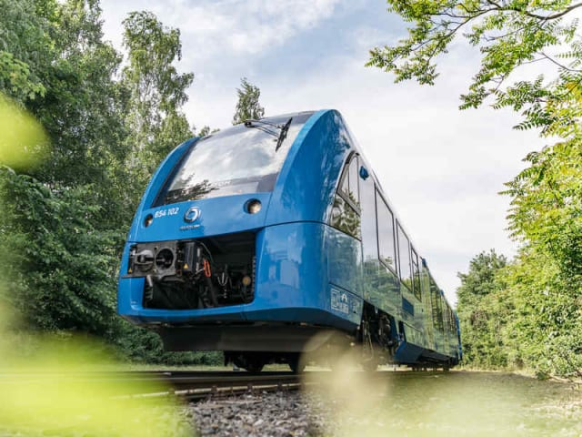treno passeggeri a idrogeno